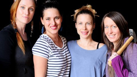 Zvukové iluzionistky Yellow Sisters zapějí v sobotu